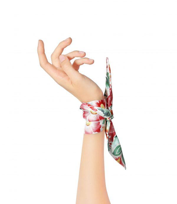 Lola silk bracelet