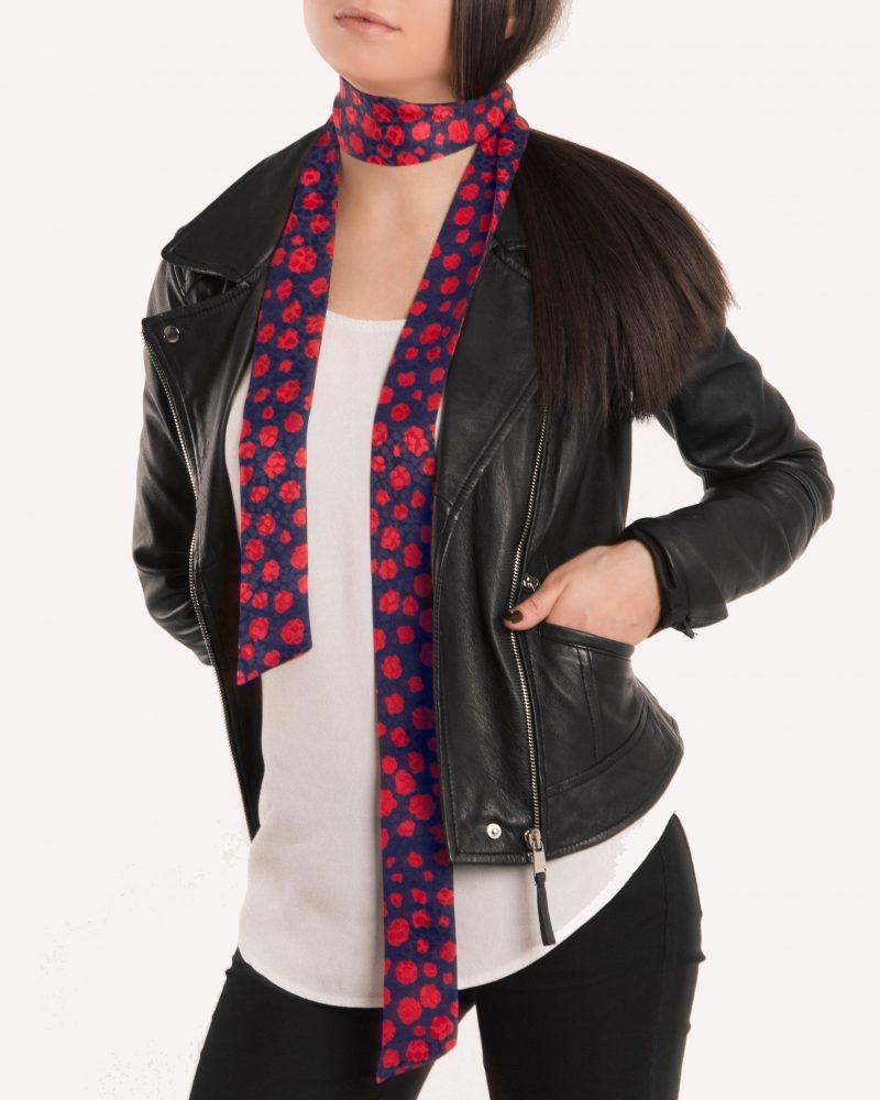 Iness skinny scarf